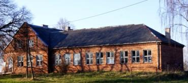 """Budynek z """"Duszą i klimatem"""" w Ruskich Piaskach, gmina Nielisz - Rozmus Nieruchomości"""