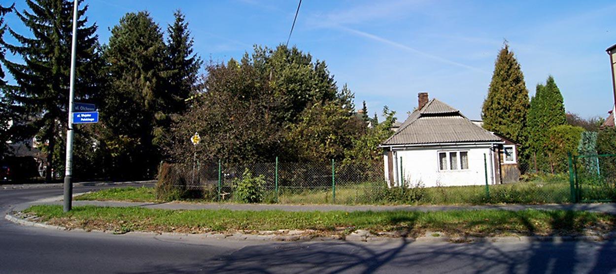 Działka z budynkiem w dobrej lokalizacji - Zamość - Rozmus Nieruchomości - biuro nieruchomości Zamość