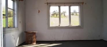 Sprzedam - Budynek piętrowy drewniany do remontu na Roztoczu - Rozmus Nieruchomości Zamość